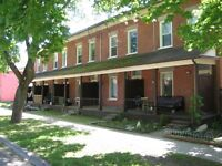 2 Bedroom Townhome, Avenues, Sept 1