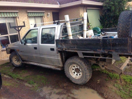 Wrecking 1994 rodeo duel cab turbo diesel