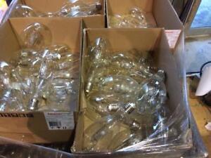 Lot de 300 lumière entrepôt Philips 330W --- Lot of 300 Philips 330W warehouse lamps