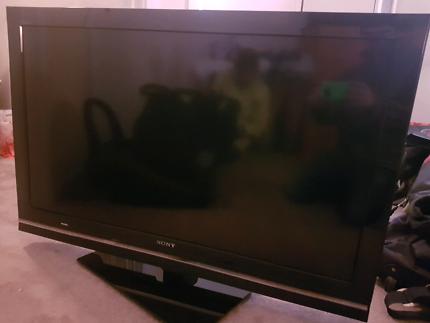 """Sony Bravia 40"""" LCD KDL-40W5500"""