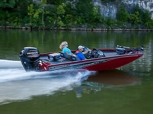 2018 Lowe Boats Stinger 188 Dual Console Bass Boat