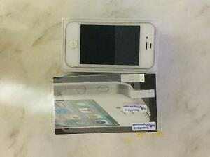 iPhone 4, 16G, exellent condition,with Chater