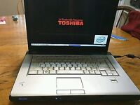 """Toshiba Satellite A205 laptop 15.4"""" for parts or repairs"""