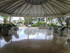 Condo supérieurs,1,2,3 chambres, piscine,océan, golf