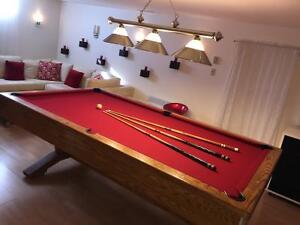 Table de billard en chêne 4x8 en excellente condition