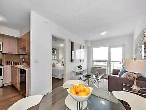 Luxury 1+1 unit in downtown lease transfer ($800 off first mth)