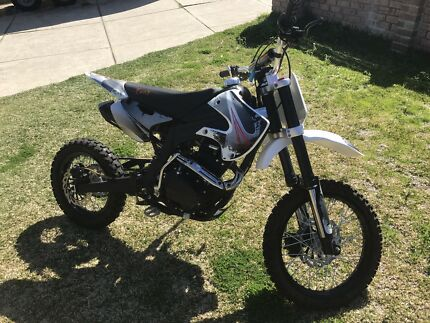 250cc fury dirt bike