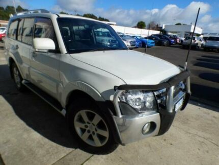2007 Mitsubishi Pajero NS VR-X LWB (4x4) White 5 Speed Manual Wagon