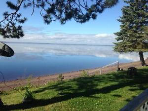 200 Ft. Waterfront incl. Cottage, Private Beach on Grand Lake