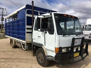 Mitsubishi Traytop Horse Float. Cattle Truck. Stock Truck. Inverell Inverell Area Preview