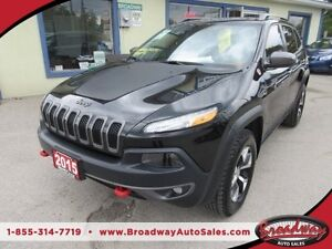 2015 Jeep Cherokee LOADED TRAIL-HAWK MODEL 5 PASSENGER 4X4.. LEA