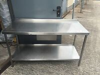 Hundreds of cheap stainless steel tables