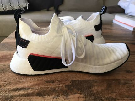 Adidas NMD R2 flyknit white limited edition size 9.5 US
