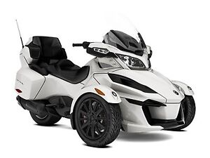 2018 Can-Am Spyder RT 6-speed semi-automatic with reverse (SE6)