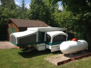 12ft Ventura Tent trailer with pull out dining room
