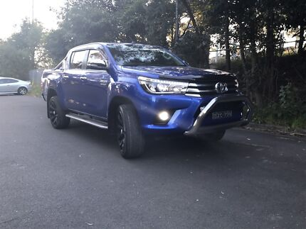 2016 SR5 Toyota Hilux