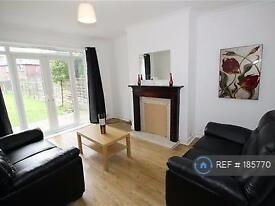 1 bedroom in Tulip Avenue, Manchester, BL4