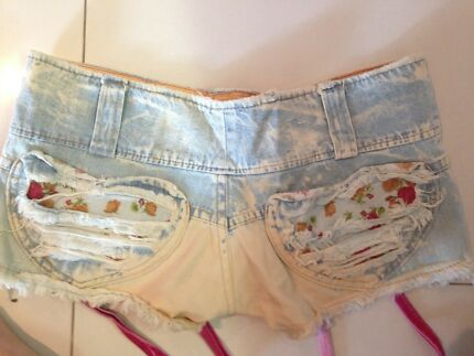 retro shorts denim