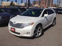 2011 Toyota Venza PREMIUM PKG BACK-UP CAM LEATHER ROOF AND MANY