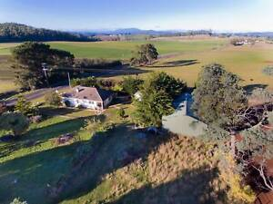 RENOVATORS DELIGHT, COUNTRY CHARM ON ACREAGE Kindred Central Coast Preview