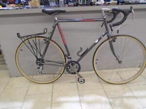 Vélo de cyclotourisme Shwinn 62cm - 0721-9