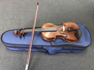 Near brand new Gilga II 1/4 violin for sale Notting Hill Monash Area Preview