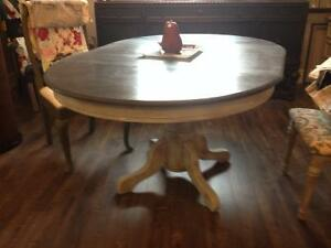Beautifully Restored Pedestal Table with 4 Chairs