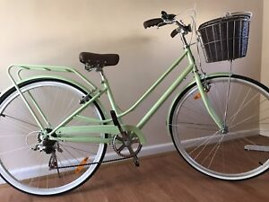 BRAND NEW GIRLS BICYCLE Carnegie Glen Eira Area Preview