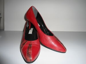LEATHER RED WITH SNAKESKIN TRIM SHOES