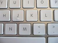 Selling replacement keys for Apple Keyboard A1243 with hinge free P&P