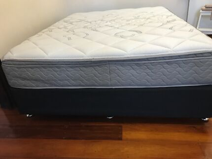 Bed base .Queen size posture control bed base