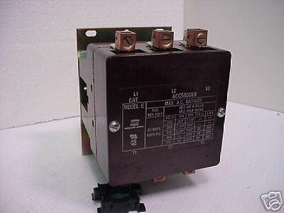Arrow Hart Contactor 3 Pole 60 amp ACC530U10 Model E