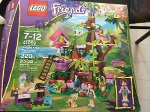 Lego friends jungle tree sanctuary