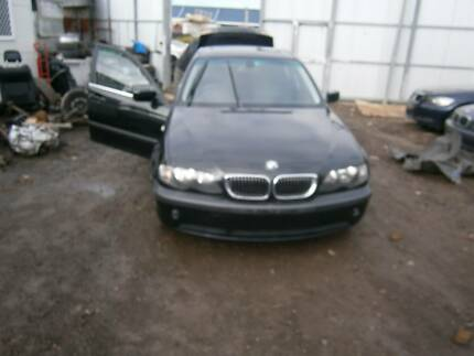 BMW 3-Series Sedan e46 wrecking parts available