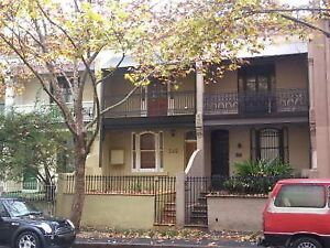 Large SINGLE Room -  Awesome Terrace House in Pyrmont