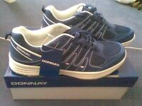 BNWT Navy Blue Donnay Trainers Size 9