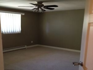 70 High Street - 2 Bedroom Apartment for Rent London Ontario image 3