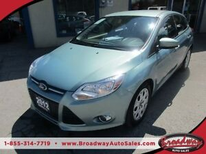 2012 Ford Focus 'GREAT VALUE' POWER EQUIPPED SE MODEL 5 PASSENGE