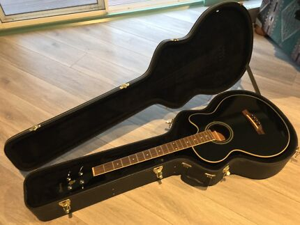Ibanez AEB8E Acoustic/Electric Bass Guitar