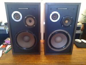 MARANTZ 30/300 Speakers. Toorak Gardens Burnside Area Preview