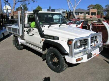 1999 Toyota Landcruiser FZJ75RP (4x4) White 5 Speed Manual 4x4 Cab Chassis