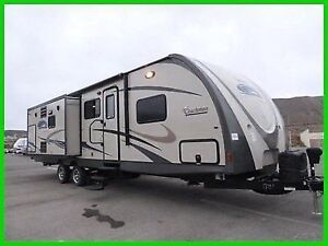 2014 COACHMEN 322RLDS REAR LIVING MODEL