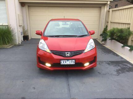 Quick Sale - 2013 Honda Jazz VTI-S Red