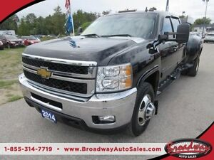 2014 Chevrolet Silverado 3500 1 TON - DIESEL WORK READY LTZ MODE