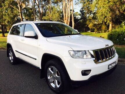 2011 JEEP GRAND CHEROKEE AUTO GREAT VALUE