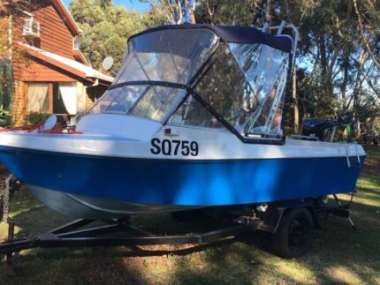 1998 whitwaters fishing boat