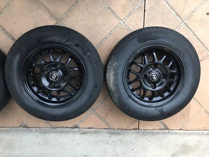 Hyundai Excel wheels and tyres