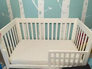 Babyletto White crib with drawer and Sealy Natural rest mattress