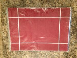 4 Pampered Chef Placemats