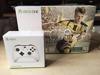 X-BOX ONE S 500GB + FIFA 17 Bundle + Extra Controller + 5 New Games! / BRAND NEW